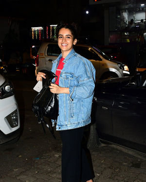 Sanya Malhotra - Photos: Celebs Spotted at Bandra