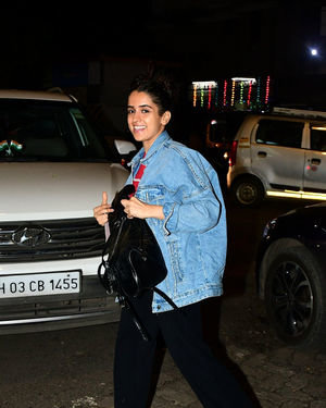 Sanya Malhotra - Photos: Celebs Spotted at Bandra | Picture 1693788