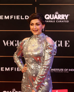 Sonali Bendre - Photos: Red Carpet Ceremony Of Vogue Women Of The Year 2019