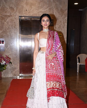 Rakul Preet Singh - Photos:  Celebs At Ramesh Taurani's Diwali Party At His Bandra Residence