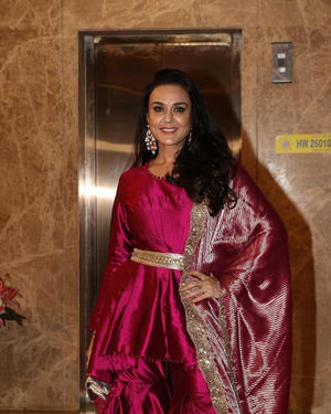 Preity Zinta - Photos:  Celebs At Ramesh Taurani's Diwali Party At His Bandra Residence | Picture 1694083