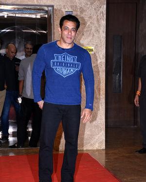 Salman Khan - Photos:  Celebs At Ramesh Taurani's Diwali Party At His Bandra Residence