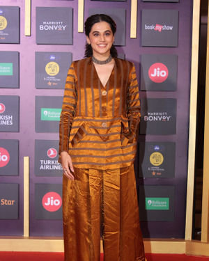 Taapsee Pannu - Photos: Closing Ceremony Of Jio Mami 21st Film Festival