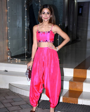 Amrita Arora - Photos: Mallika Bhatt's Diwali Party At Bandra