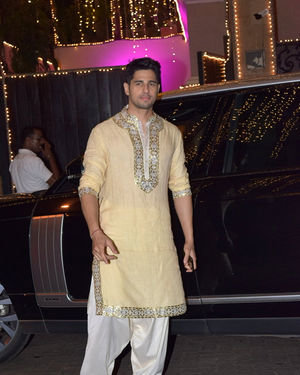 Sidharth Malhotra - Photos: Celebs At Anil Kapoor's Diwali Party In Juhu