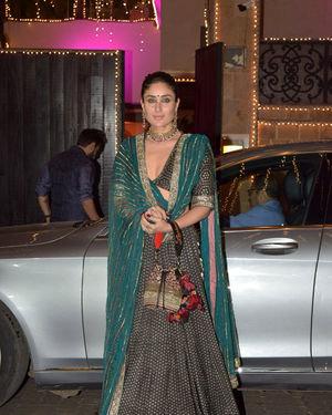 Kareena Kapoor - Photos: Celebs At Anil Kapoor's Diwali Party In Juhu