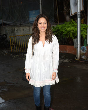 Nushrat Bharucha - Photos: Celebs Spotted at Juhu | Picture 1679962