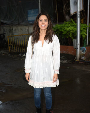 Nushrat Bharucha - Photos: Celebs Spotted at Juhu | Picture 1679961
