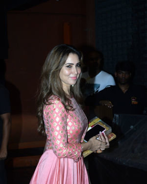 Kim Sharma - Photos: Bollywood Celebs At Arpita Khan's Home For Ganesh Chaturthi