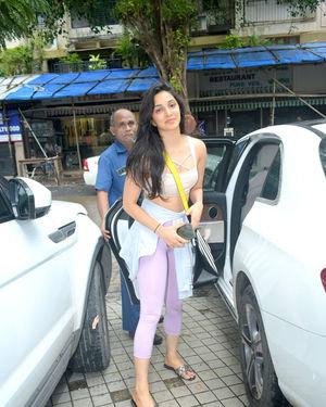 Kiara Advani - Photos: Celebs Spotted at Andheri