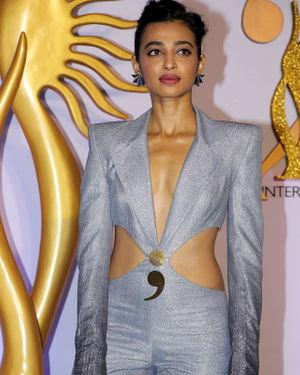 Radhika Apte - Photos: Celebs At The Green Carpet Of The IIFA Rocks 2019