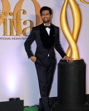Vicky Kaushal - Photos: Celebs At The Green Carpet Of The IIFA Rocks 2019 | Picture 1682976