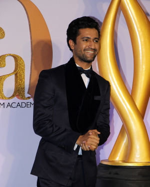 Vicky Kaushal - Photos: Celebs At The Green Carpet Of The IIFA Rocks 2019 | Picture 1682973
