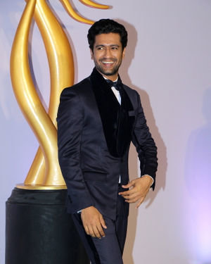 Vicky Kaushal - Photos: Celebs At The Green Carpet Of The IIFA Rocks 2019