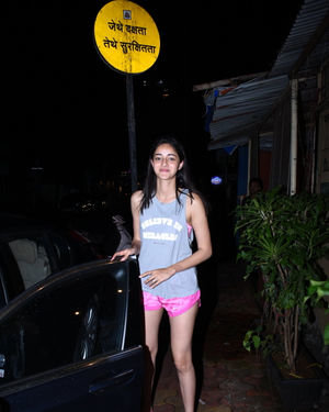 Ananya Pandey - Photos: Celebs Spotted At Farmer's Cafe In Bandra