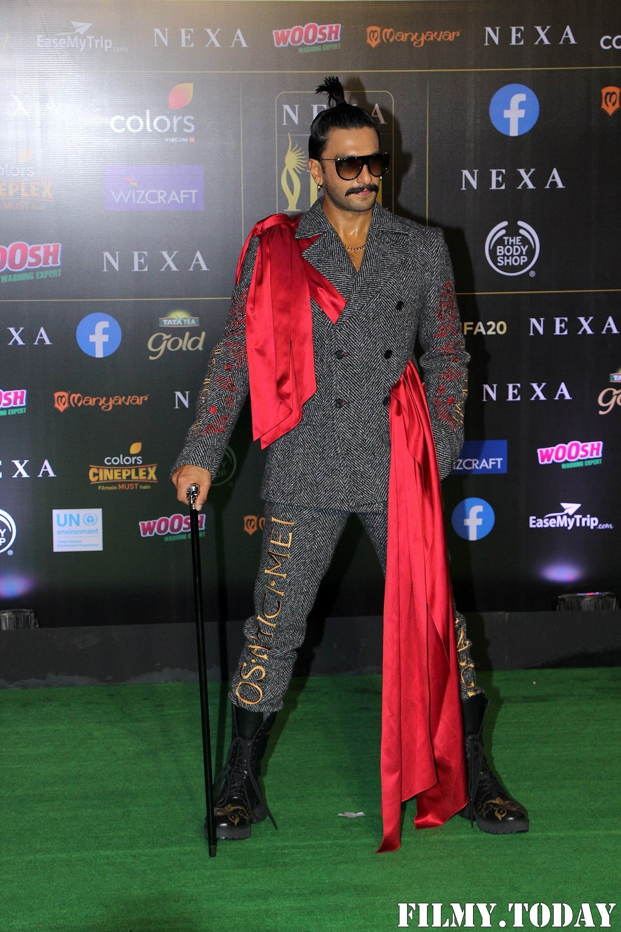 Ranveer Singh - Photos: Celebs At The Green Carpet Of The IIFA Rocks 2019 | Picture 1683578
