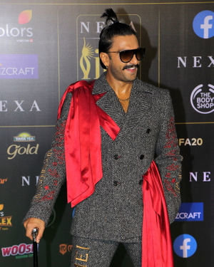 Ranveer Singh - Photos: Celebs At The Green Carpet Of The IIFA Rocks 2019 | Picture 1683587