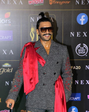 Ranveer Singh - Photos: Celebs At The Green Carpet Of The IIFA Rocks 2019