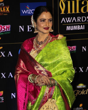 Rekha - Photos: Celebs At The Green Carpet Of The IIFA Rocks 2019 | Picture 1683562