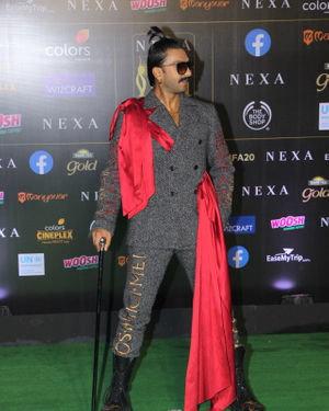 Ranveer Singh - Photos: Celebs At The Green Carpet Of The IIFA Rocks 2019
