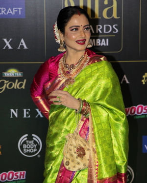 Rekha - Photos: Celebs At The Green Carpet Of The IIFA Rocks 2019 | Picture 1683567
