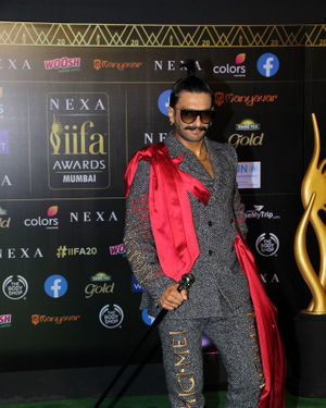 Ranveer Singh - Photos: Celebs At The Green Carpet Of The IIFA Rocks 2019 | Picture 1683576