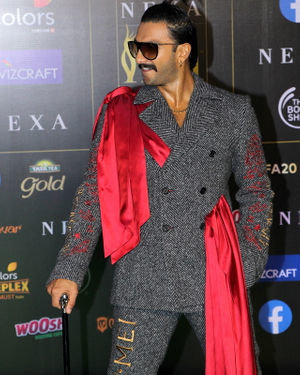 Ranveer Singh - Photos: Celebs At The Green Carpet Of The IIFA Rocks 2019 | Picture 1683584