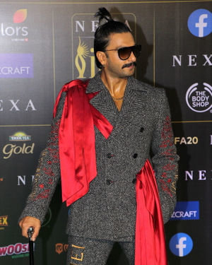 Ranveer Singh - Photos: Celebs At The Green Carpet Of The IIFA Rocks 2019 | Picture 1683581