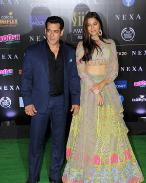 Photos: Celebs At The Green Carpet Of The IIFA Rocks 2019 | Picture 1683575