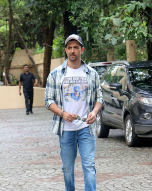 Photos: Hrithik Roshan Spotted During Promotions Of Film War | Picture 1683434