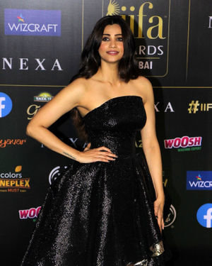 Daisy Shah - Photos: Green Carpet Of IIFA Awards 2019 | Picture 1683706