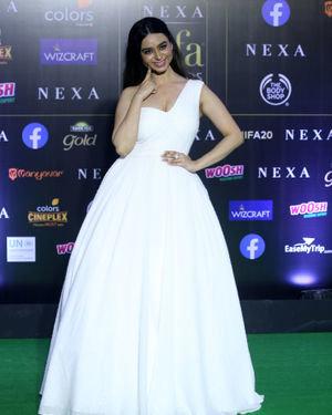 Soundarya Sharma - Photos: Green Carpet Of IIFA Awards 2019   Picture 1683723