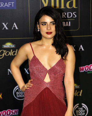 Radhika Madan - Photos: Green Carpet Of IIFA Awards 2019