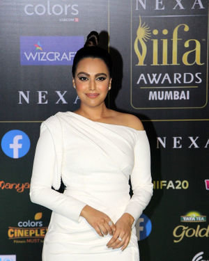 Swara Bhaskar - Photos: Green Carpet Of IIFA Awards 2019