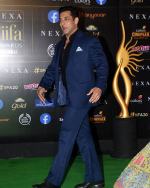 Salman Khan - Photos: Green Carpet Of IIFA Awards 2019 | Picture 1683678