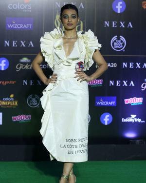 Radhika Apte - Photos: Green Carpet Of IIFA Awards 2019 | Picture 1683659