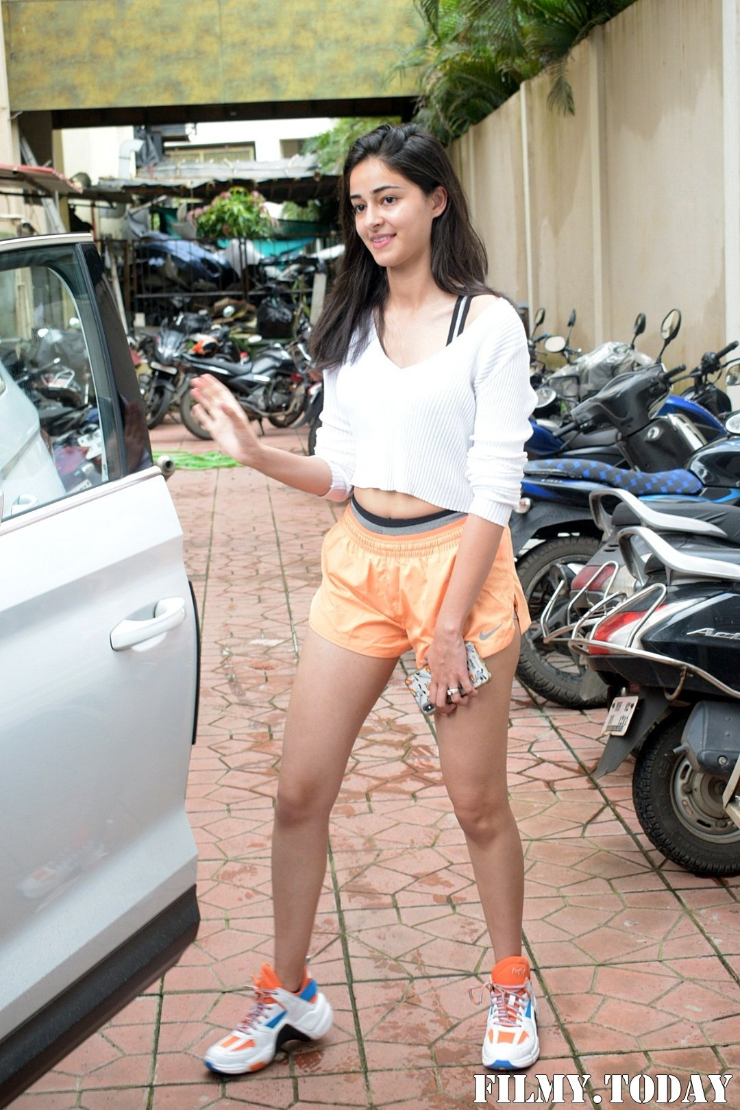 Ananya Pandey - Photos: Celebs Spotted At Dance Class In Andheri | Picture 1684087