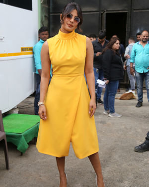 Priyanka Chopra - Photos: Promotion Of Film Sky Is Pink At Filmcity In Goregaon   Picture 1686533
