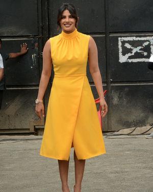 Priyanka Chopra - Photos: Promotion Of Film Sky Is Pink At Filmcity In Goregaon   Picture 1686524