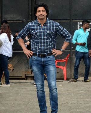 Farhan Akhtar - Photos: Promotion Of Film Sky Is Pink At Filmcity In Goregaon   Picture 1686528