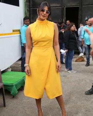 Priyanka Chopra - Photos: Promotion Of Film Sky Is Pink At Filmcity In Goregaon   Picture 1686534