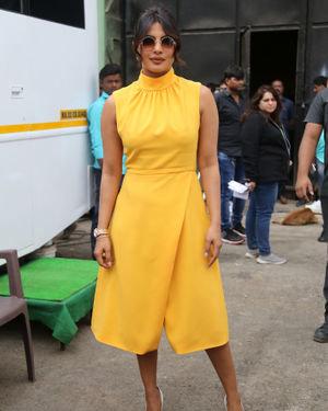 Priyanka Chopra - Photos: Promotion Of Film Sky Is Pink At Filmcity In Goregaon   Picture 1686532