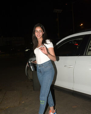 Ananya Panday - Photos: Celebs Spotted At Kromakay Salon In Juhu | Picture 1686554