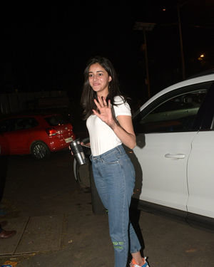 Ananya Panday - Photos: Celebs Spotted At Kromakay Salon In Juhu | Picture 1686555