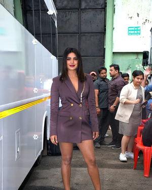Priyanka Chopra - Photos: Promotion Of Film Sky Is Pink At Filmcity In Goregaon   Picture 1686647
