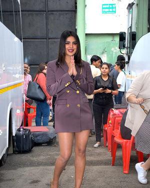 Priyanka Chopra - Photos: Promotion Of Film Sky Is Pink At Filmcity In Goregaon   Picture 1686649