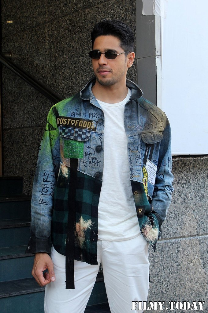 Sidharth Malhotra - Photos: Trailer Launch Of Film Marjaavaan   Picture 1687250