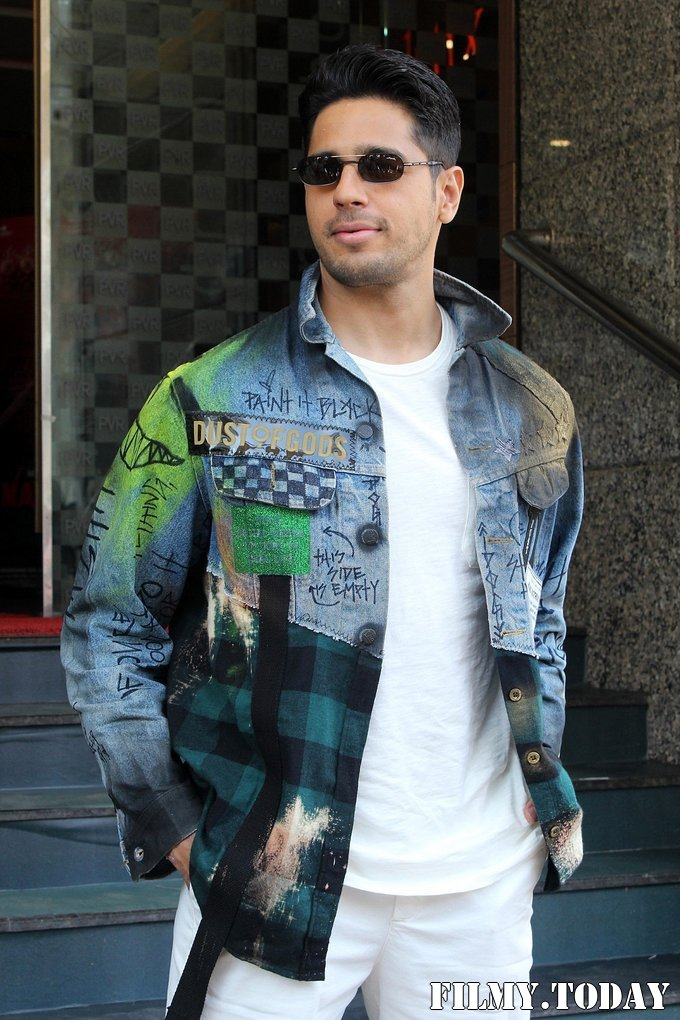 Sidharth Malhotra - Photos: Trailer Launch Of Film Marjaavaan   Picture 1687287
