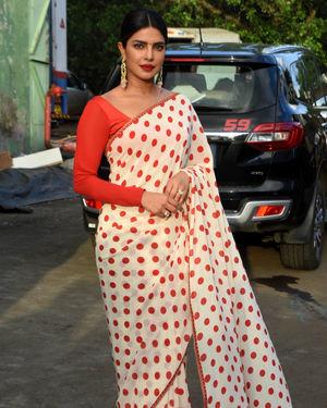 Priyanka Chopra - Photos: Promotion Of Film Sky Is Pink At Filmcity In Goregaon | Picture 1687921