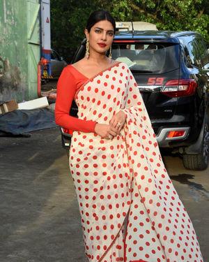 Priyanka Chopra - Photos: Promotion Of Film Sky Is Pink At Filmcity In Goregaon | Picture 1687920